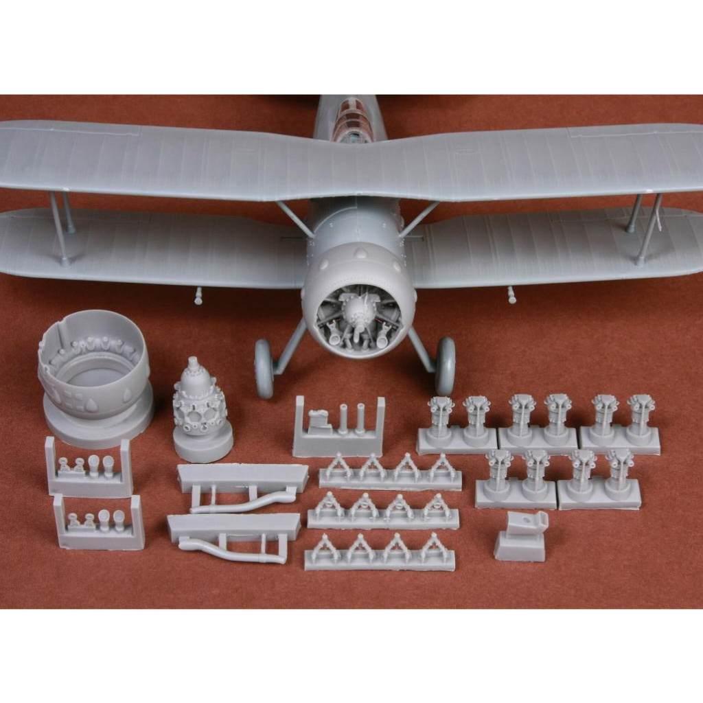【新製品】48057 グロスター グラジエーター エンジン&カウリング