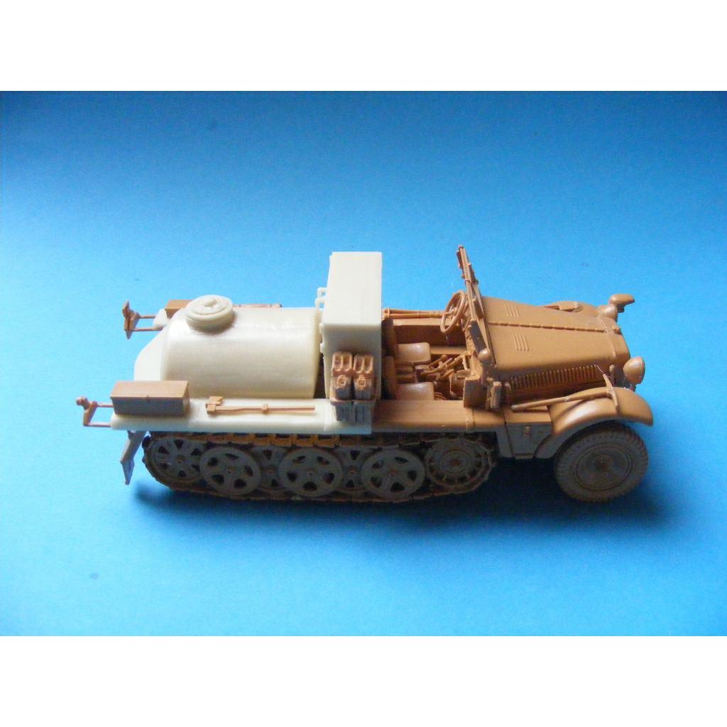 【新製品】1-01 Sd.Kfz. 10/3 Spruhkraftwagen コンバージョンセット