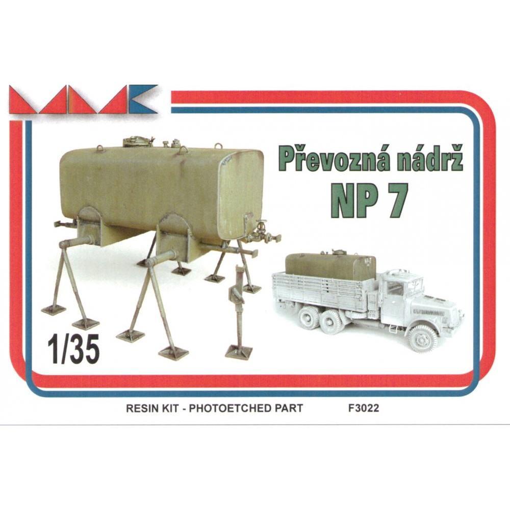 【新製品】F3022)チェコ NP7 燃料タンク