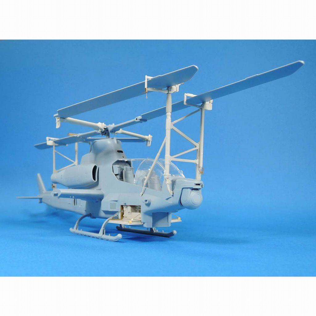 【新製品】LF1369 AH-1Z ヴァイパー ローター折りたたみ固定具