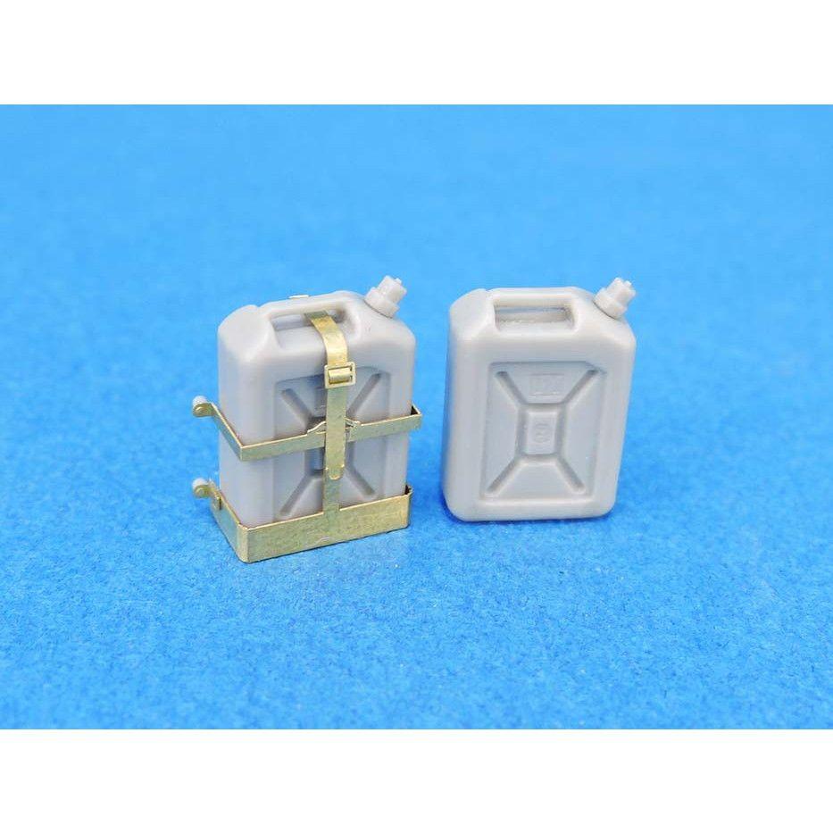 【新製品】LF1383 IDF 20リットル水缶/ホルダー付きセット(10個)