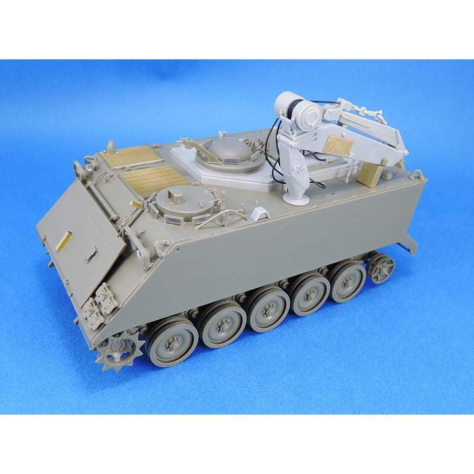 【新製品】LF1386 IDF M113 フィッター コンバージョンセット