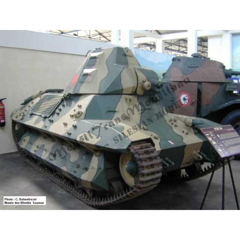 【再入荷】MT72033 フランス 軽戦車 FCM36