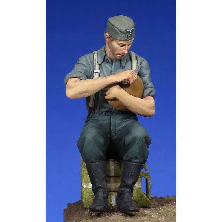 【新製品】35145 WWII 独 歩兵 「食事中」