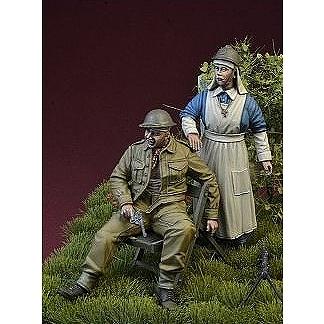 【新製品】DD35134 WWII 負傷したBEF(イギリス海外派遣軍)兵士と手当てを施す従軍看護師セット 1940年