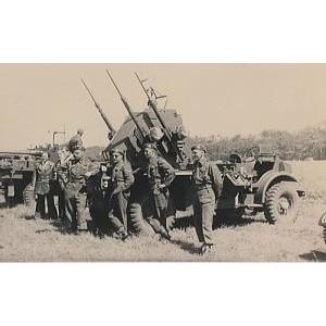 【新製品】GI 051 WWII カナダ CMP トラック ポルステン 20mm機関砲型