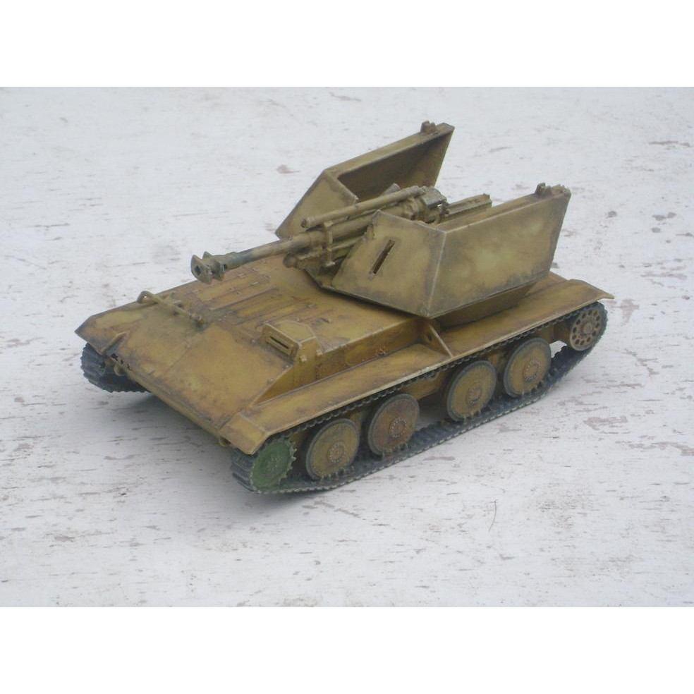 【新製品】DBLS 15 WWII ドイツ クルップ/アルデルト ヴァッフェントレーガー 105mm自走榴弾砲 leFH18