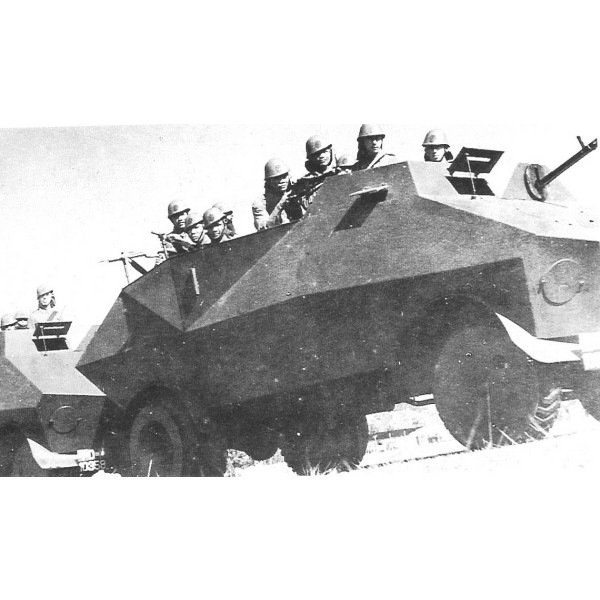 【新製品】DBLS 17 WWII 王立オランダ領東インド(インドネシア)陸軍 ブラート装甲車 シボレータイプ