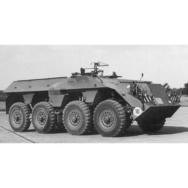 【新製品】DBLS 200 オランダ DAF YP 408 (PW-I) 兵員輸送車